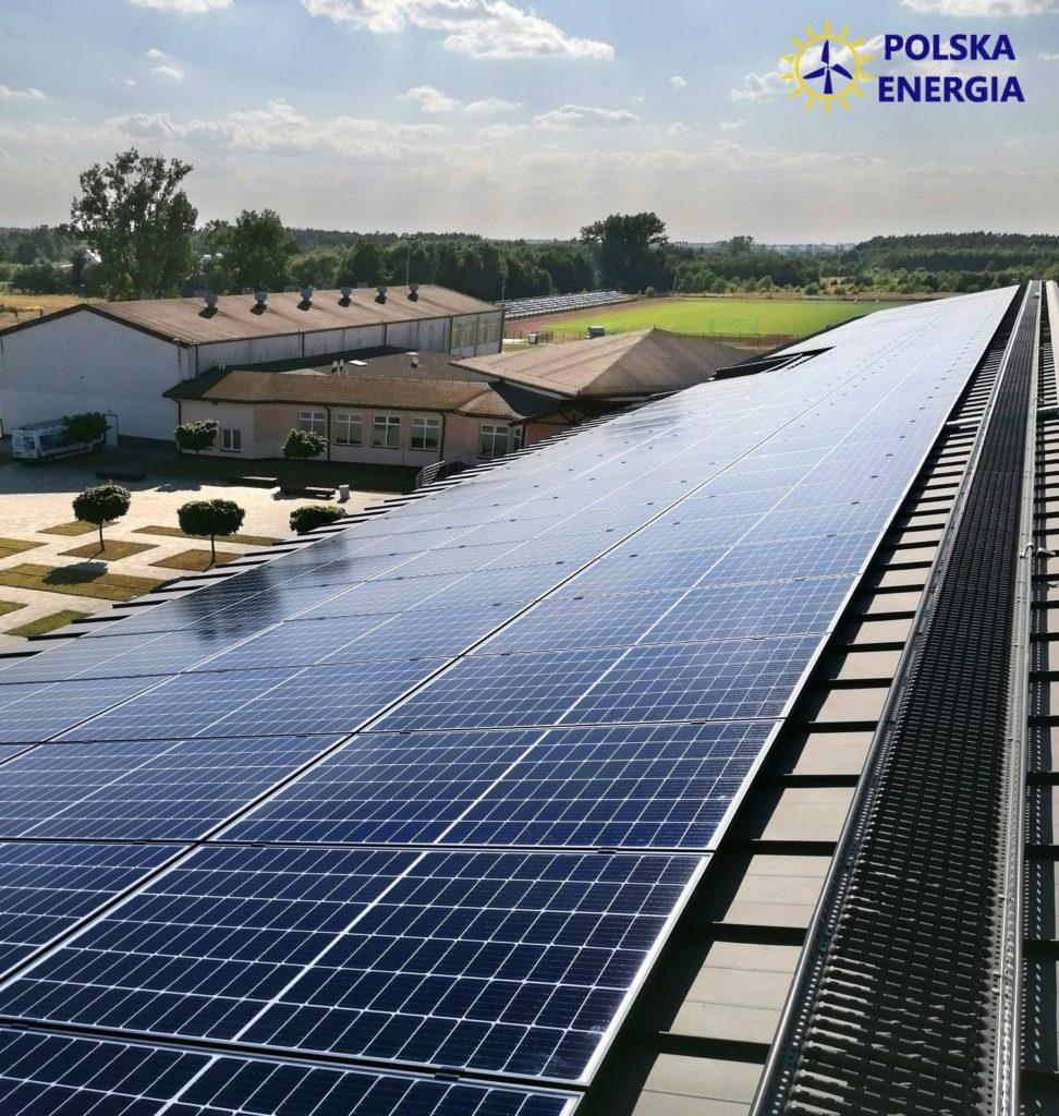 Polska Energia instalacja fotowoltaiczna na dachu płaskim rębek 50kWp