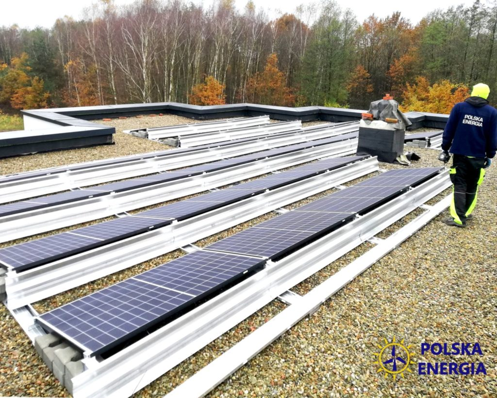 Polska Energia instalacja fotowoltaiczna na dachu płaskim, Radomyśl Wielki baywa